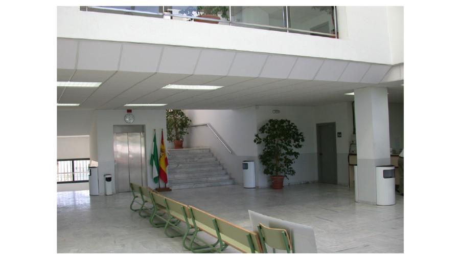 Edificio de oficinas isla de la cartuja en sevilla for Oficinas bankinter sevilla