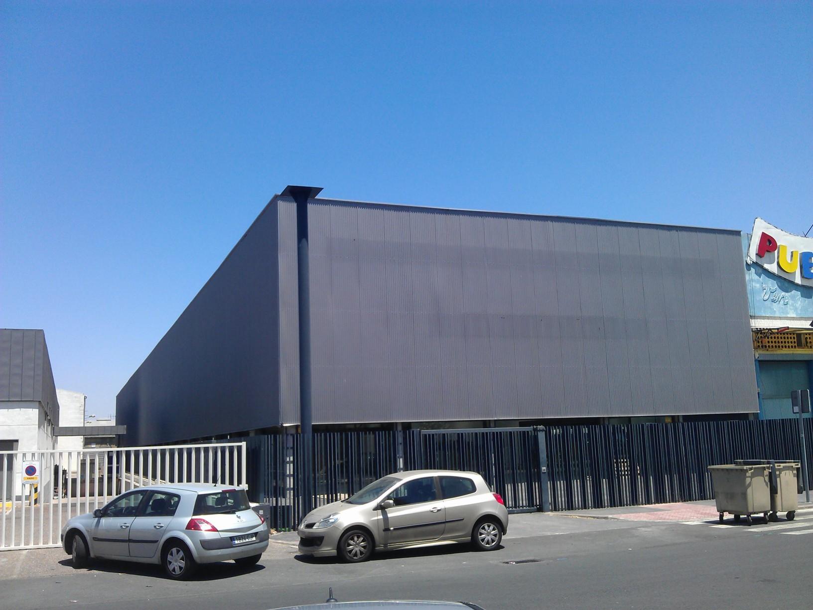 Nave Industrial De Banco En Sevilla En Venta 00094389