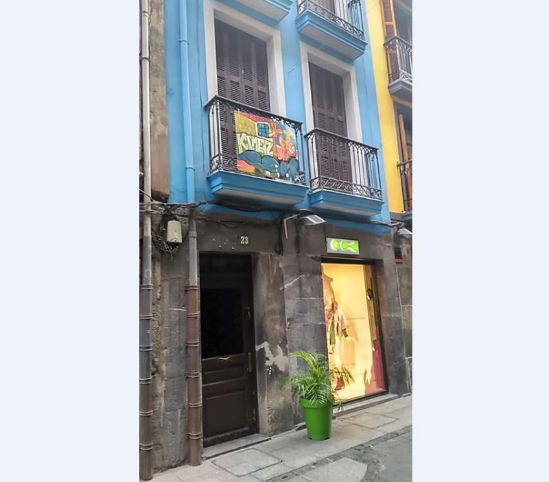 Venta De Pisos Y Casas De Bancos En (Guipúzcoa)