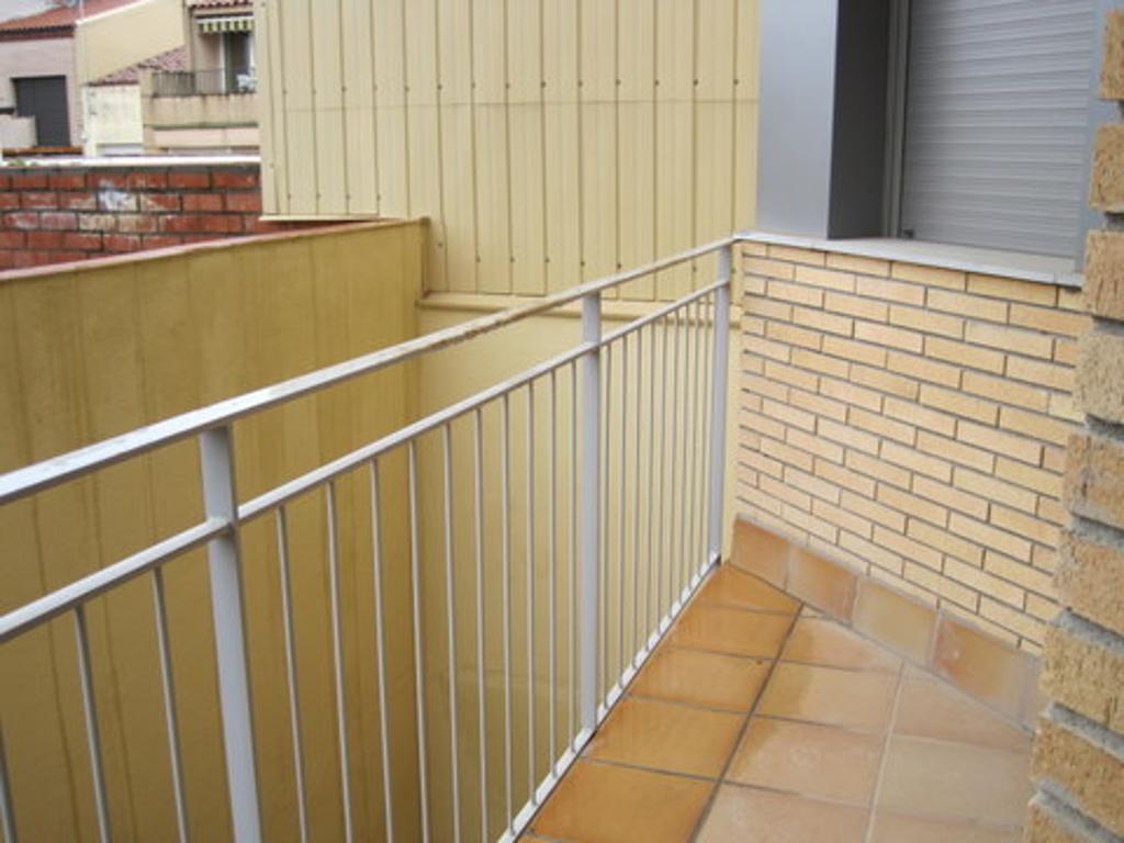 Piso de banco en terrassa en venta 00330213 altamira inmuebles - Pisos en venta del banco santander ...