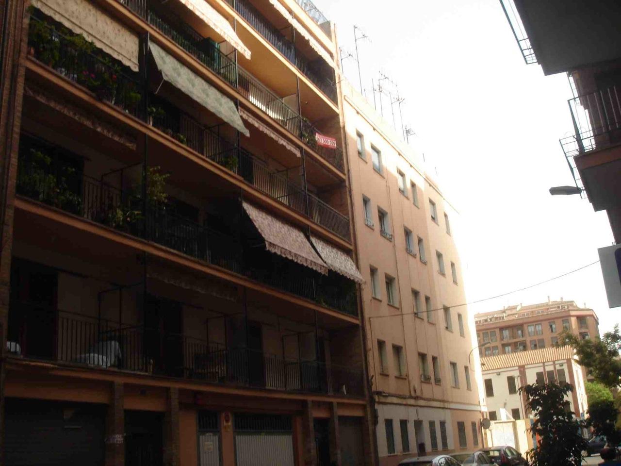 Piso en venta en cronista revest castell n de la plana for Pisos baratos en castellon