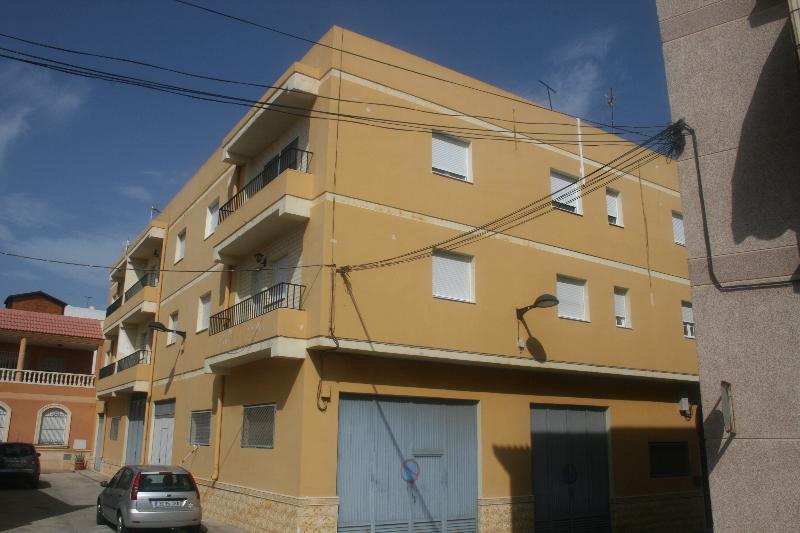 Piso en venta en dr rodriguez de la fuente benahadux for Pisos de bancos en almeria