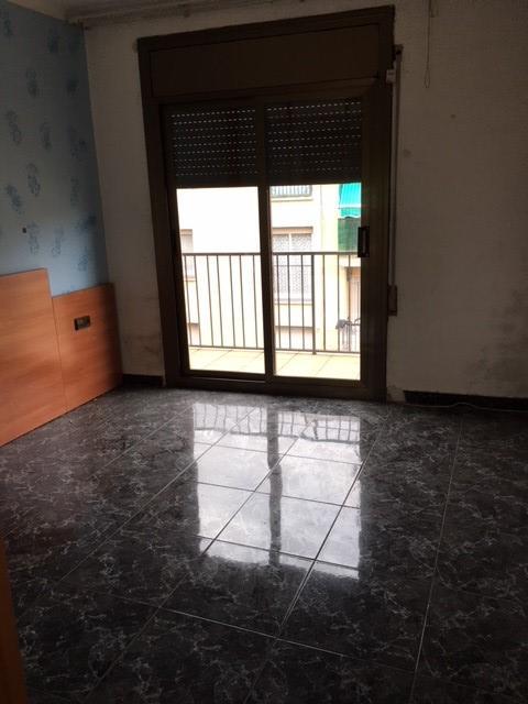 Piso de banco en terrassa en venta 00318333 altamira for Pisos sareb barcelona