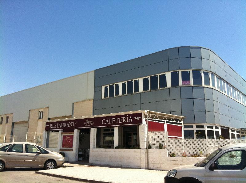 Nave industrial de banco en el ejido en venta ba68170 for Oficinas santander almeria
